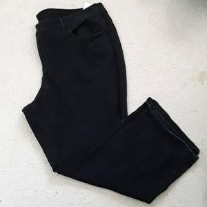 Black Ladies Plus Jeans Size 26W (4x) Faded Glory